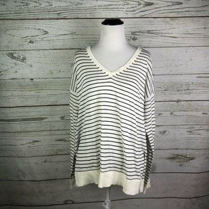 Sweaters - NWT LOFT Striped Pullover Sweater Sz M White Navy